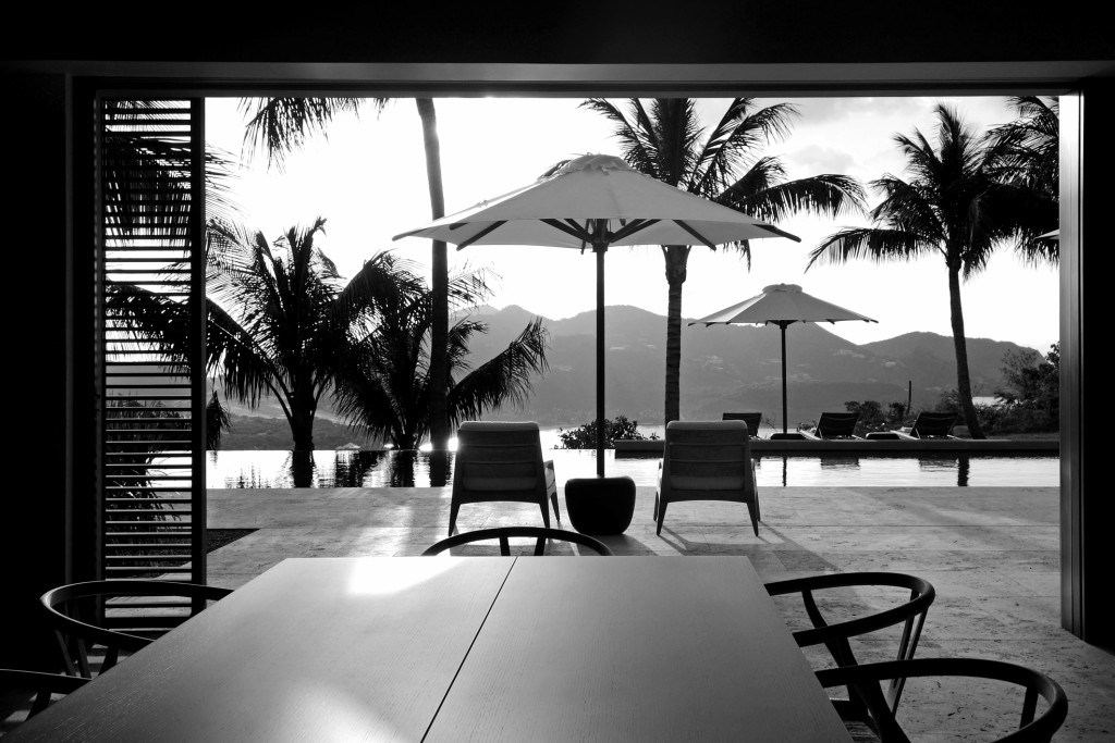 View to the pool - Villa Teman - ©Jean-Philippe Piter