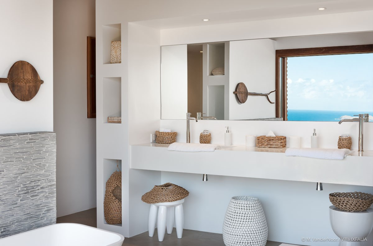 Villa Ixfalia - Eden-Rock-Villa-Rental - bathroom 1  ©Max VanderNoot