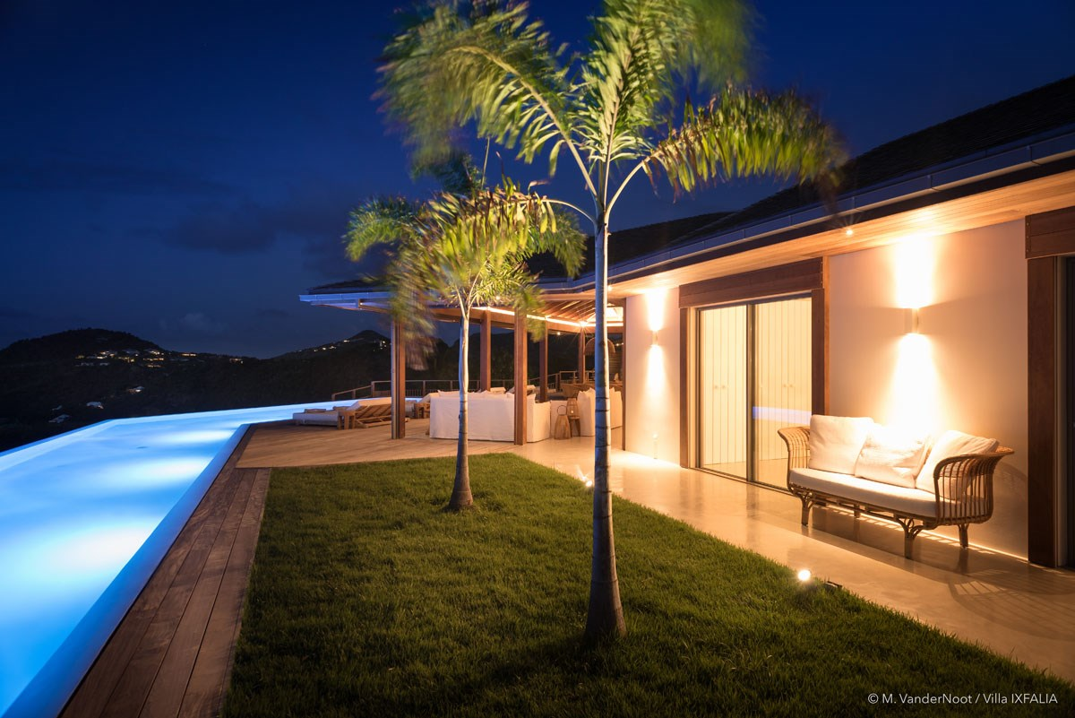 Villa Ixfalia - Eden-Rock-Villa-Rental - night ©Max VanderNoot