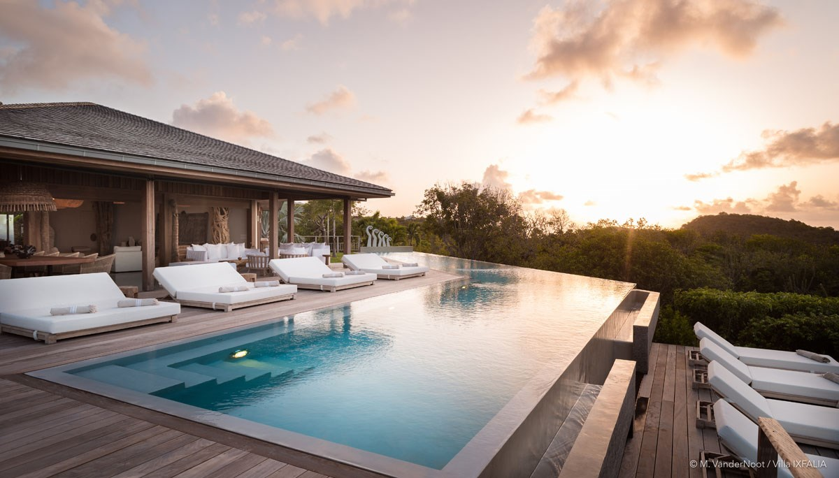 Villa Ixfalia - Eden-Rock-Villa-Rental - sunset pool view ©Max VanderNoot