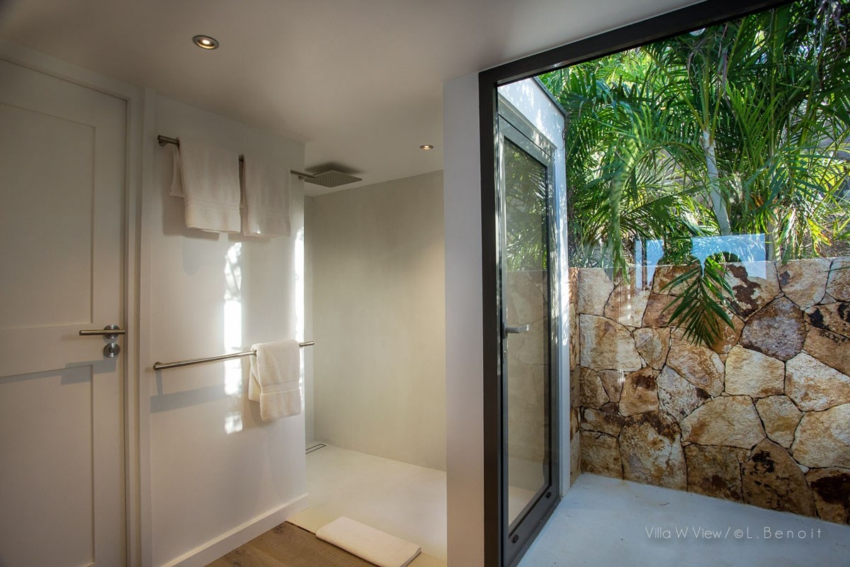 Villa W View - Eden-Rock-Villa-Rental - bathroom ©Laurent Benoit  (35)-jpg