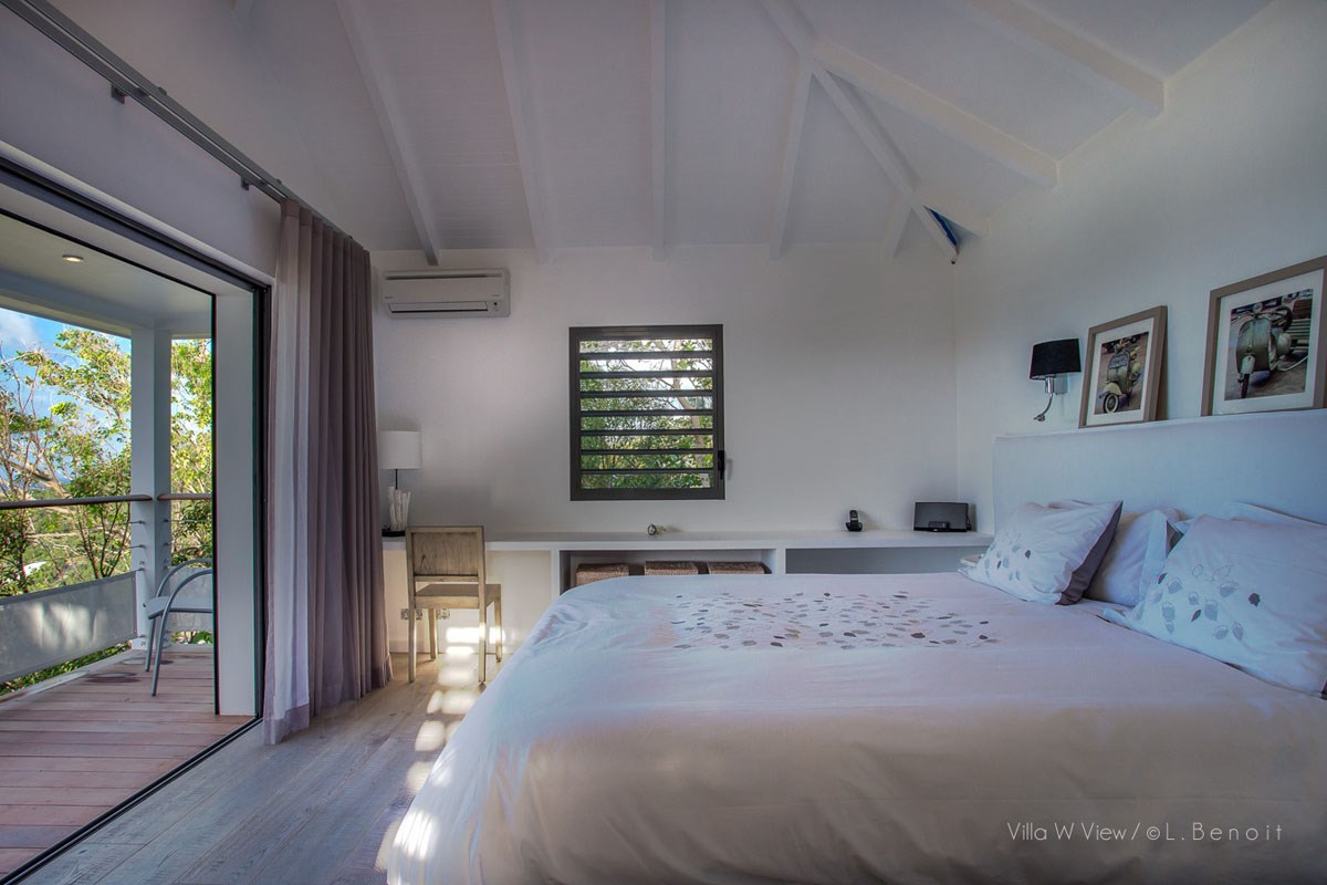 Villa W View - Eden-Rock-Villa-Rental - bedroom ©Laurent Benoit (1)-jpg