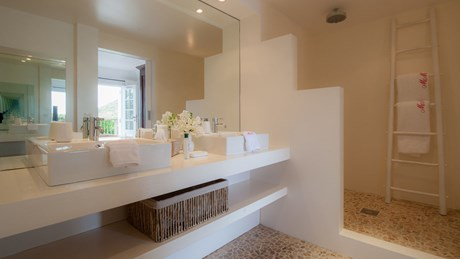 Villa Rock House - Eden-Rock-Villa-Rental - bathroom 1