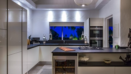 Villa Pajoma - Eden-Rock-Villa-Rental - kitchen ©Laurent Benoit