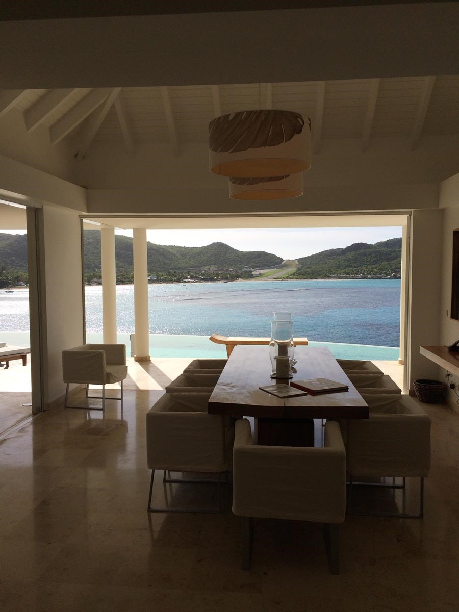 Villa Reef Point Dining Room