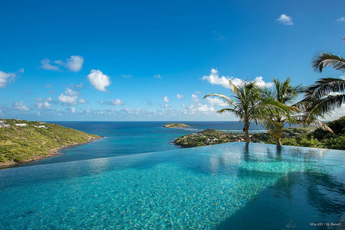Ultraluxe villas in st barts eden rock villa rental for Marigot beach st barts
