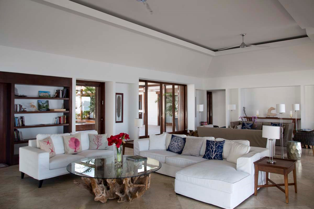 Eden Rock Villa Rental - La Plage - Living room-jpg