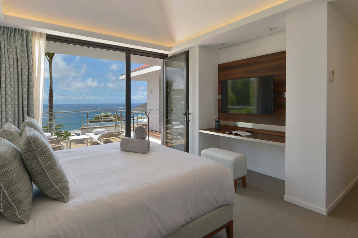 Eden Rock Villa Rental - The Source - Bedroom 1-jpg