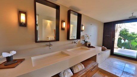 Bathroom 4-jpg