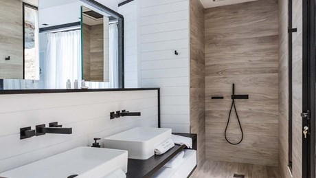 Eden Rock Villa Rental - Star - Bathroom 1 - Laurent Benoit-jpg