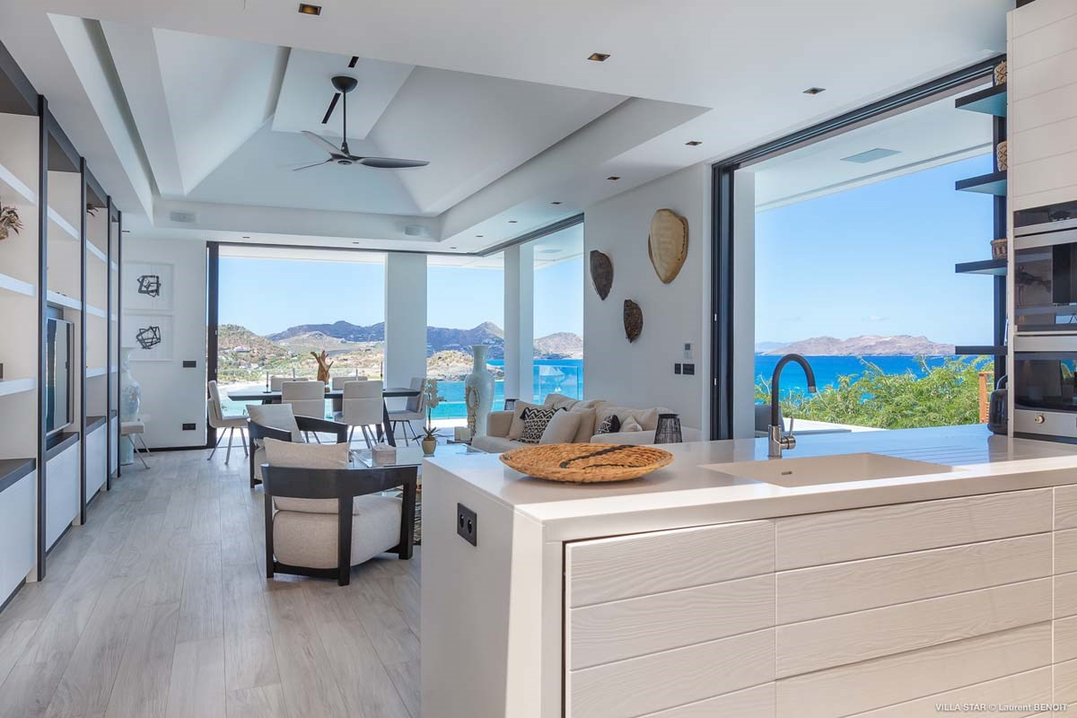 Eden Rock Villa Rental - Star - Kitchen and living area - Laurent Benoit-jpg