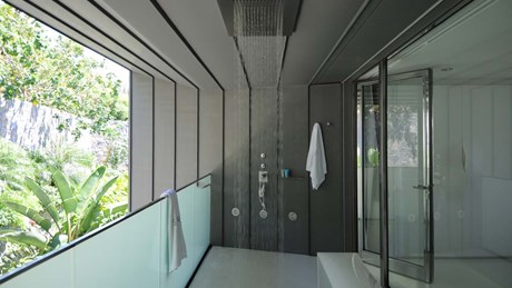 Outside shower Bedroom 3-jpg