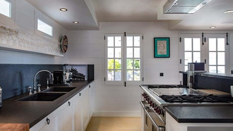 19-Kitchen_MG_5222-jpg
