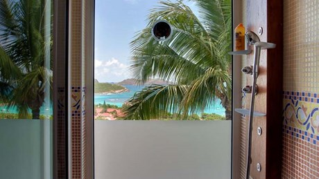 Eden Rock Villa Rental - Panama - Bathroom Master - Laurent Benoit-jpg