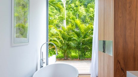 Villa Golden Palm - Bathroom 1-jpg