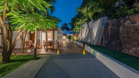 Eden Rock Villa Rental - Villa Jable - Garden Night-jpg