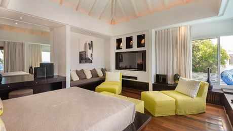 Ultraluxe Villa Eclipse - ERVR - Bedroom Yellow 2.jpg