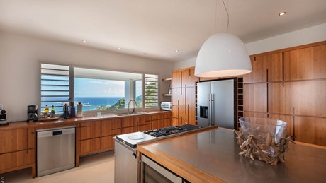 Ultraluxe Villa Eclipse - ERVR - Kitchen.jpg