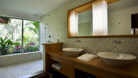 Villa KYR - ERVR -  Bathroom-jpg